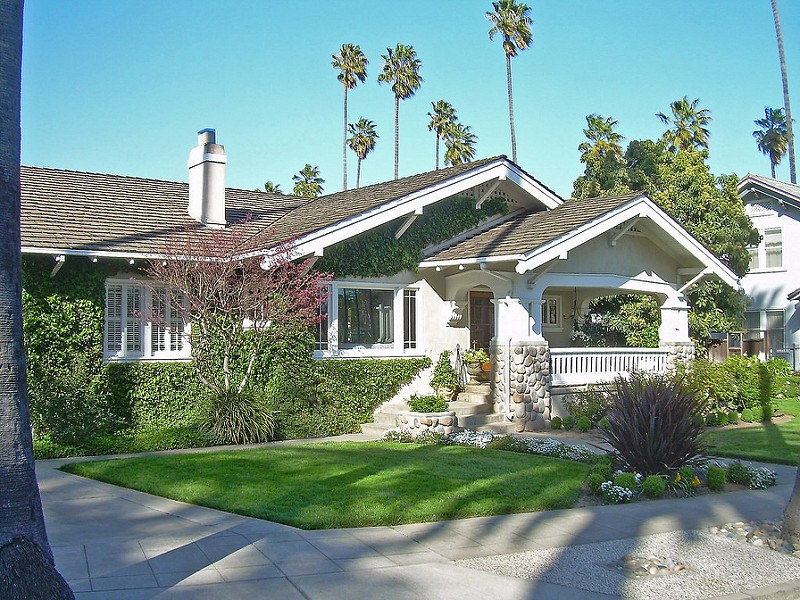 For great curb appeal before selling your home, read our curb appeal guide!