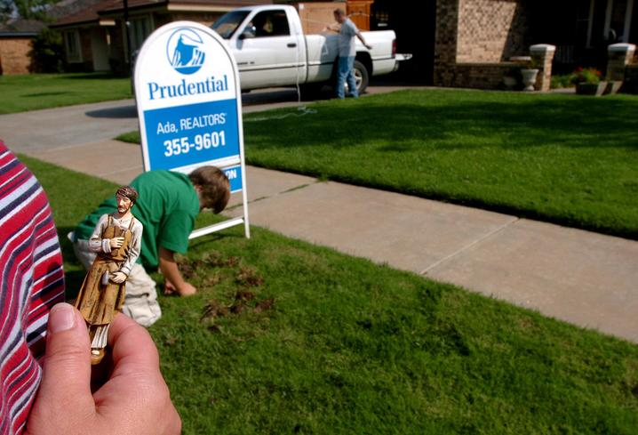 We looked into the process of burying a St. Joseph statue to sell a home.