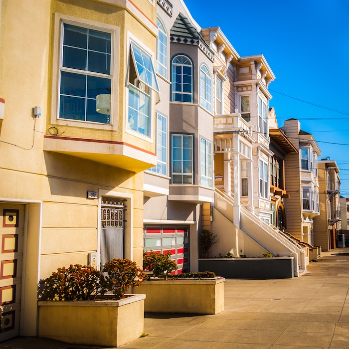 a photo of victorian homes in san francisco sell homes fast