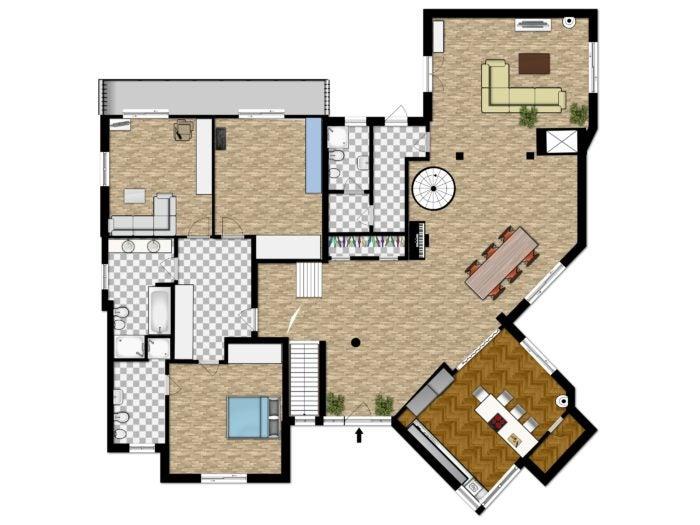 floor plan traditional