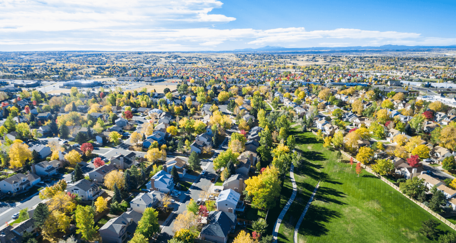 An aerial view of houses in Aurora, Colorado.