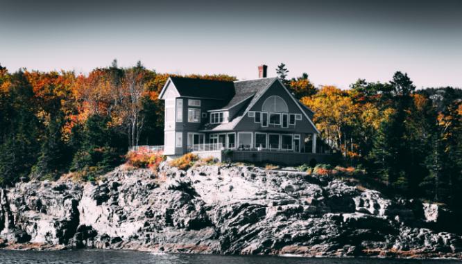 A house that has a fair market value.