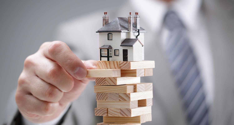 is the housing market crashing