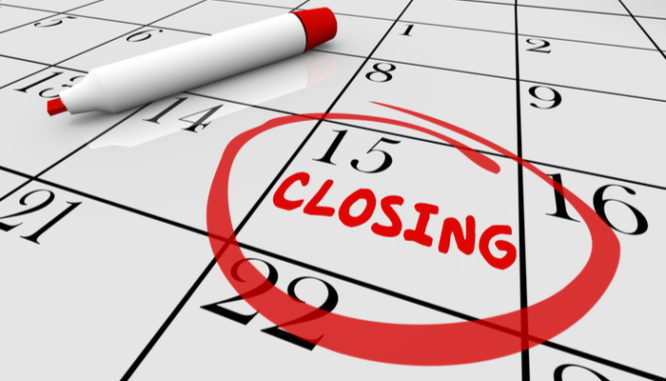 A red circle around a calendar closing day to represent closing delays