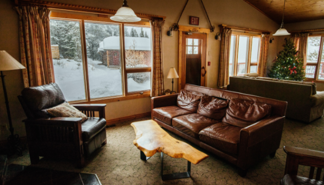 Windows in a winter home that saves energy.